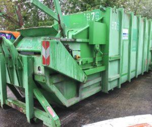 Mobile Abfallpresse Typ SP 100 mit 20 m³ Nutzinhalt für Abrollkipper