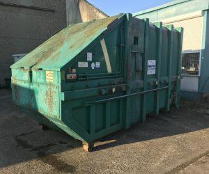 Mobile Abfallpresse 10 m³ für Absetzkipper