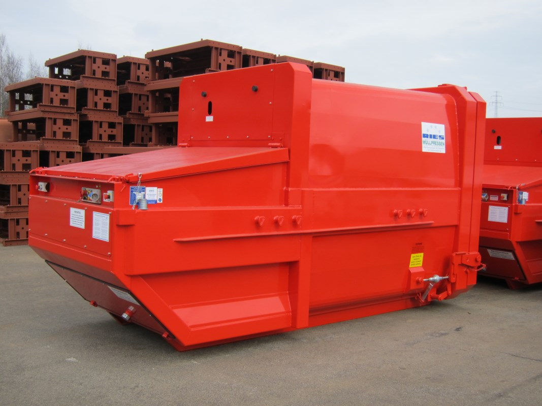 Mobile Abfallpresse für Absetzkipper Typ SP 60 x4 ergo mit 10 m³ Nutzinhalt